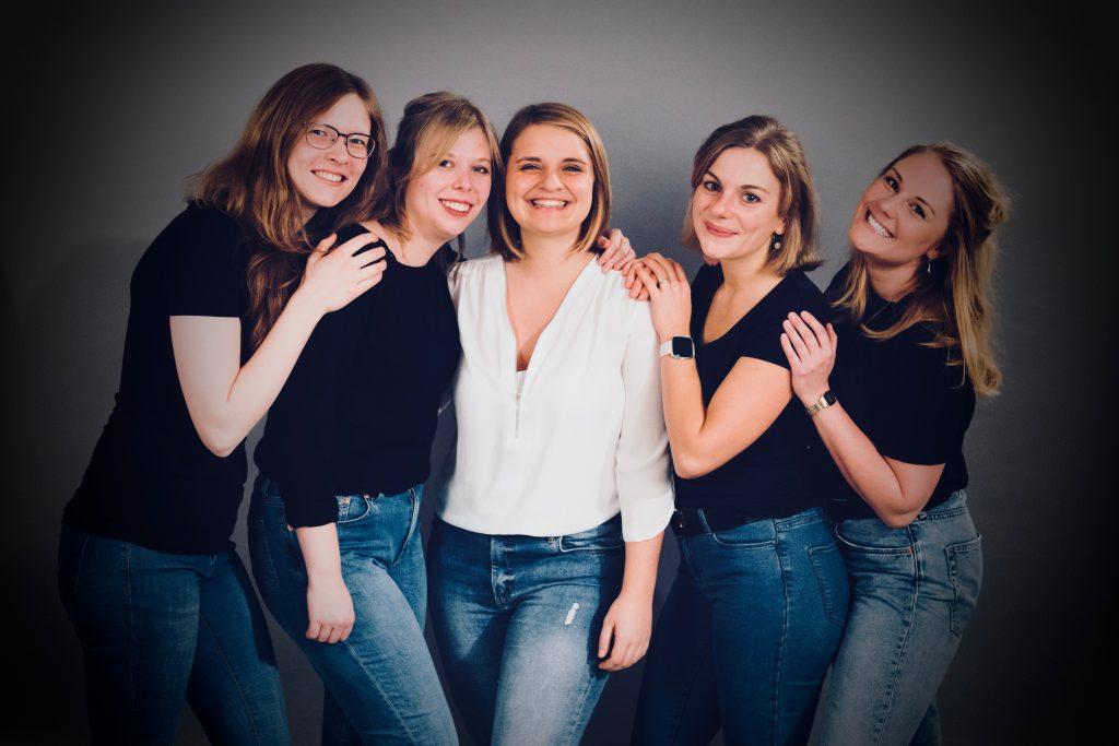 Natascha., Vanessa, Lena, Jana, Janina